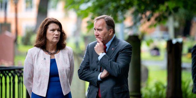 Ann Linde (S)/Stefan Löfven (S). Jessica Gow/TT / TT NYHETSBYRÅN