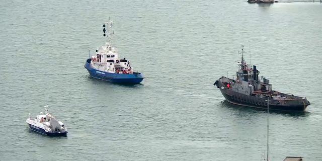 Fartygen Nikopol, Berdyansk and Yany Kapu på väg hem till Ukraina. TT NYHETSBYRÅN