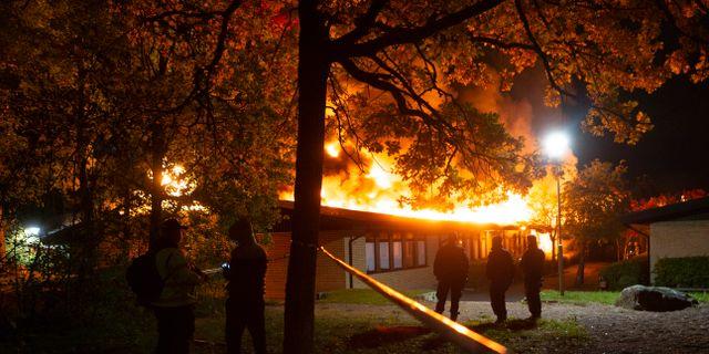 Industri brann i uppsala