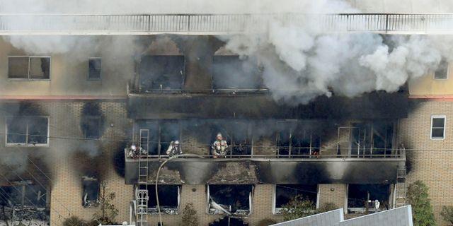 Brandkår arbetar på platsen TT NYHETSBYRÅN/ NTB Scanpix