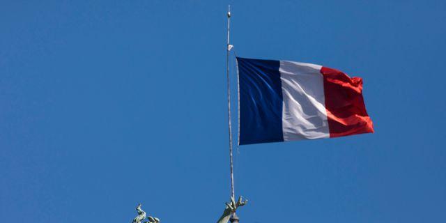 Franska flaggan.  Kamil Zihnioglu / TT NYHETSBYRÅN