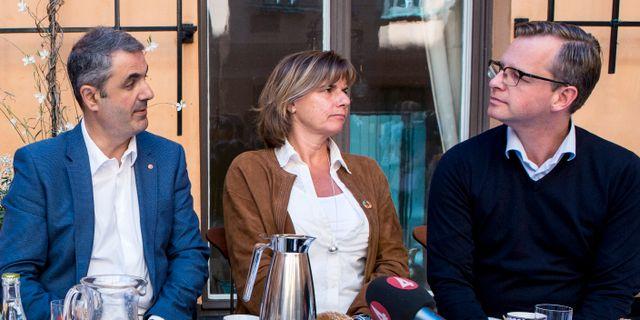 Baylan, Lövin och Damberg vid regeringens sommarfika. Arkivbild. Christine Olsson/TT / TT NYHETSBYRÅN
