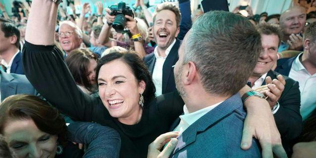 ÖVP jublar på valvakan. GEORG HOCHMUTH / APA