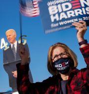 Biden-anhängare vid kampanjmöte i veckan. Andrew Harnik / TT NYHETSBYRÅN