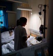 Arkivbild på en sjuksköterska. Meek, Tore / TT NYHETSBYRÅN