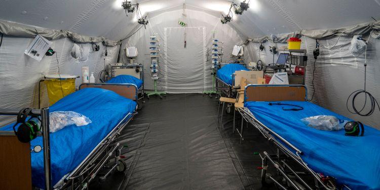 Coronakrisen: Patienter på Kronan utanför Östra i Göteborg