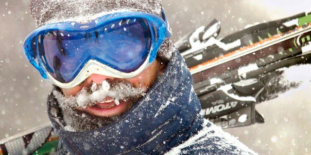 Illustrationsbild, skidåkare i snöstorm. Yodit Gidey / TT NYHETSBYRÅN/ NTB Scanpix