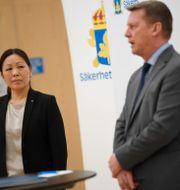 Ahn-Za Hagström och Säpos chef Klas Friberg presenterar SÄPOs årsbok under en pressträff på torsdagen Pontus Lundahl/TT / TT NYHETSBYRÅN