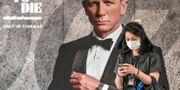 """Världspremiären för den nya James Bond-filmen """"No time to die"""" var planerad till april i år, men skjuts upp till november. MLADEN ANTONOV / TT NYHETSBYRÅN"""