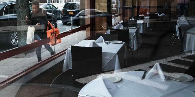 En tom restaurang i New York-förorten New Rochelle.  SPENCER PLATT / TT NYHETSBYRÅN