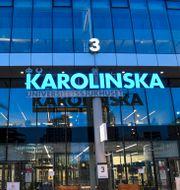 Huvudentrén till Karolinska i Solna.  Fredrik Sandberg/TT / TT NYHETSBYRÅN