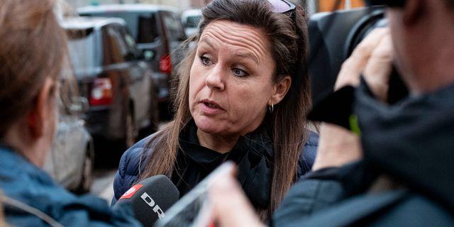 Bild från dagen: Madsens försvarsadvokat Betina Hald Engmark anländer till danska hovrätten. Johan Nilsson/TT / TT NYHETSBYRÅN