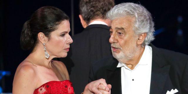 Plácido Domingo och operasångerskan Ana Maria Martinez vid en konsert i augusti. Laszlo Balogh / TT NYHETSBYRÅN