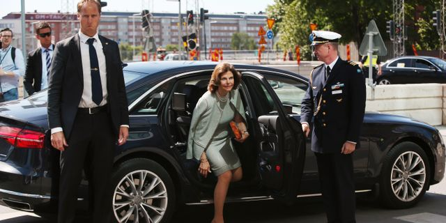 Drottning Silvia anländer till invigningen av Karolinska Universitetssjukhuset Sören Andersson/TT / TT NYHETSBYRÅN