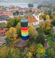 Flygbild över vattentornet i Askersund. Jeppe Gustafsson/TT / TT NYHETSBYRÅN
