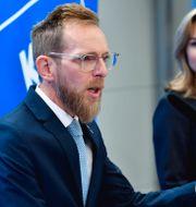Kristdemokraternas ekonomisk-politiske talesperson Jakob Forssmed (KD) och partiledare Ebba Busch (KD).  Henrik Montgomery/TT / TT NYHETSBYRÅN
