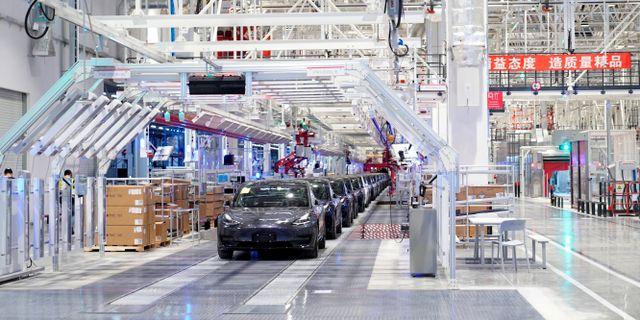 Produktion av Tesla Model 3 i Shanghai. Aly Song / TT NYHETSBYRÅN