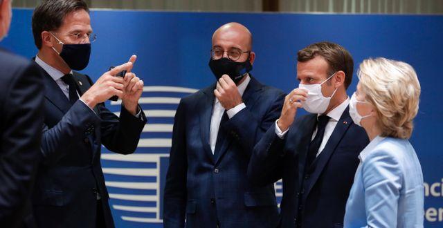 Mark Rutte, Charles Michel, Emmanuel Macron och Ursula von der Leyen Stephanie Lecocq / TT NYHETSBYRÅN