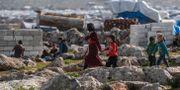 Syriska flyktingar i turkiskt läger nära gränsen till Syrien. OZAN KOSE / TT NYHETSBYRÅN
