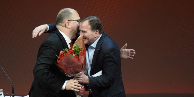 LO:s ordförande Karl-Petter Thorwaldsson och statsminister Stefan Löfven (S). Hossein Salmanzadeh/TT / TT NYHETSBYRÅN