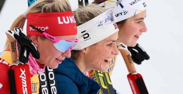 Therese Johaug (mitten) och Ebba Andersson (höger). CHRISTIAN WALGRAM / BILDBYRÅN