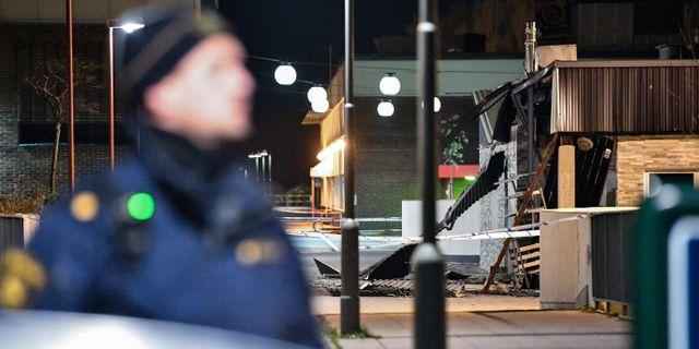 Skador på en restaurang vid Rosengårds centrum i Malmö efter en explosion natten till onsdagen. Arkivbild. Johan Nilsson/TT / TT NYHETSBYRÅN