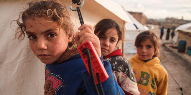 Syriska barn på flykt. AAREF WATAD / AFP