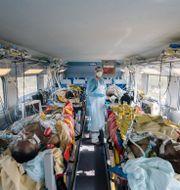Patienter transporteras mellan städer i specialombyggda tåg. Laurence Geai / TT NYHETSBYRÅN