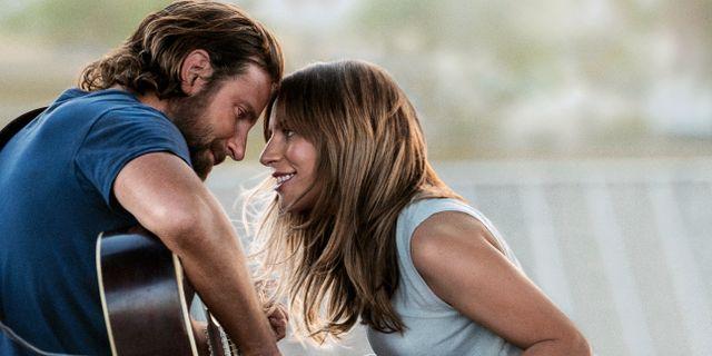 """Bradley Cooper och Lady Gaga i """"A star is born"""" TT NYHETSBYRÅN/ NTB Scanpix"""