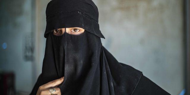 Kvinna i al-Hol. Arkivbild. DELIL SOULEIMAN / AFP