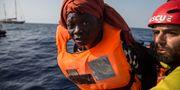Bild från räddningsaktionen Olmo Calvo / TT NYHETSBYRÅN