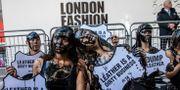 Protestaktion av PETA under Londons modevecka Vianney Le Caer / TT NYHETSBYRÅN