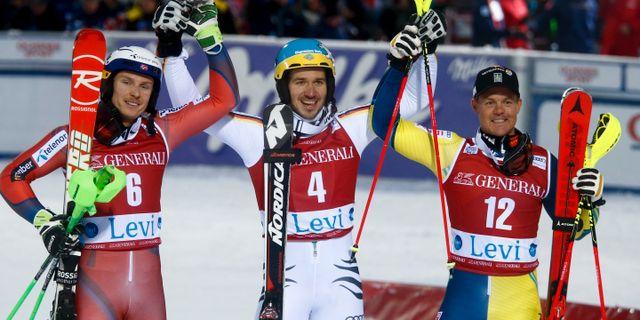 Tysklands Felix Neureuther vann i Levi, Norges Henrik Kristoffersen kom tvåa.  Giovanni Auletta / TT / NTB Scanpix