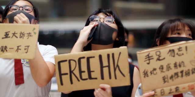 Demonstranter i Hongkong.  JORGE SILVA / TT NYHETSBYRÅN