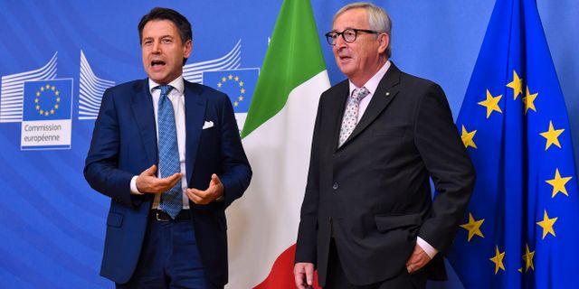 Italiens premiärminister Giuseppe Conte och EU-kommissionens ordförande Jean-Claude Juncker. Geert Vanden Wijngaert / TT NYHETSBYRÅN/ NTB Scanpix