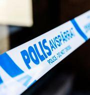 Polisens avspärrningsband. Emma-Sofia Olsson/SvD/TT / TT NYHETSBYRÅN