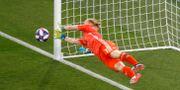 Hedvig Lindahl under VM-match mot Frankrike.  Michel Euler / TT NYHETSBYRÅN/ NTB Scanpix