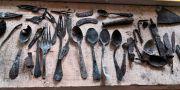 Flera av de objekt som hittats. STR / TT NYHETSBYRÅN