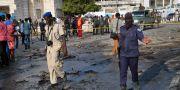 Flera personer har dött sedan en bilbomb exploderade i Somalias huvudstad. Mohamed Sheikh Nor / TT / NTB Scanpix