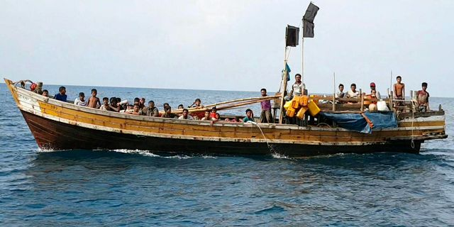 En båt med rohingyer som flytt från Myanmar (Burma). Arkivbild. Assadawuth Suden / TT NYHETSBYRÅN/ NTB Scanpix