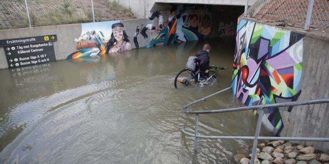 Översvämningar på Ekeleden i Kållered utanför Göteborg. Adam Ihse/TT / TT NYHETSBYRÅN