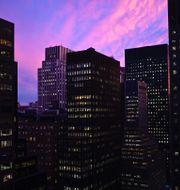 Solnedgång över midtown Manhattan. JOHANNES EISELE / AFP