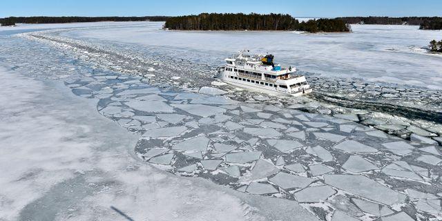 2013 var det rejält med is på Österjön. ANDERS WIKLUND / TT / TT NYHETSBYRÅN