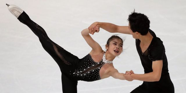 Ryom Tae-Ok och Kim Ju-Sik Matthias Schrader / TT / NTB Scanpix