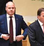 Morgan Johansson och Stefan Löfven.  Claudio Bresciani/TT / TT NYHETSBYRÅN
