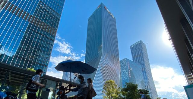 Evergrandes huvudkontor i kinesiska Shenzhen.  Ng Han Guan / TT NYHETSBYRÅN