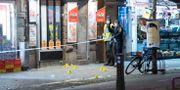 Polisens kriminaltekniker säkrar spår efter en skottlossningen Johan Nilsson/TT / TT NYHETSBYRÅN