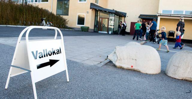 Vallokal i Sundbyberg.  PONTUS LUNDAHL / TT / TT NYHETSBYRÅN