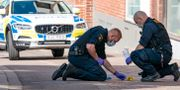 Polisens tekniker på brottsplatsen.  Johan Nilsson/TT / TT NYHETSBYRÅN