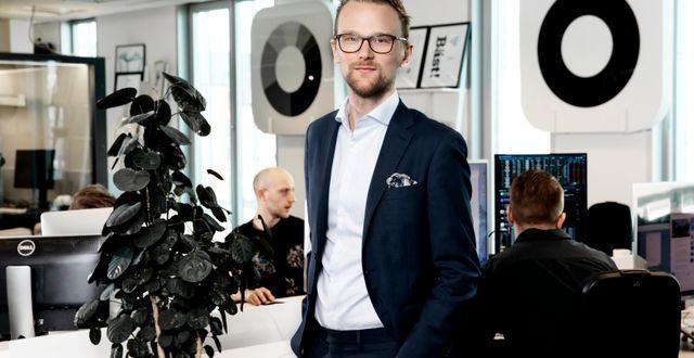 Gustav Sjöholm, sparekonom Magnus Sandberg
